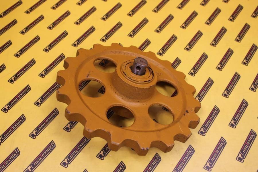 Натяжное колесо (ленивец) JCB 801/8016/8018 (231/61701, 231-61701, 23161701)