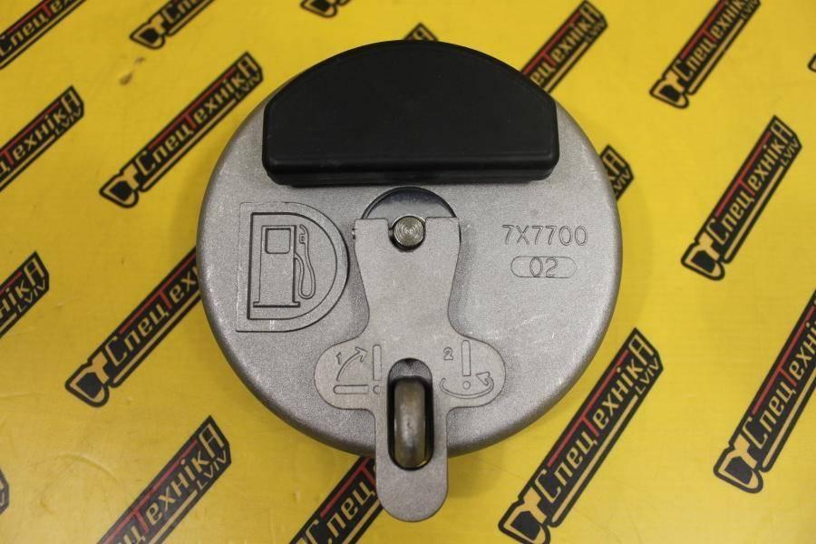 Крышка топливного бака Caterpillar (CAT) M312/M315-M320/D4D,D6D (7X7700, 7X-7700)