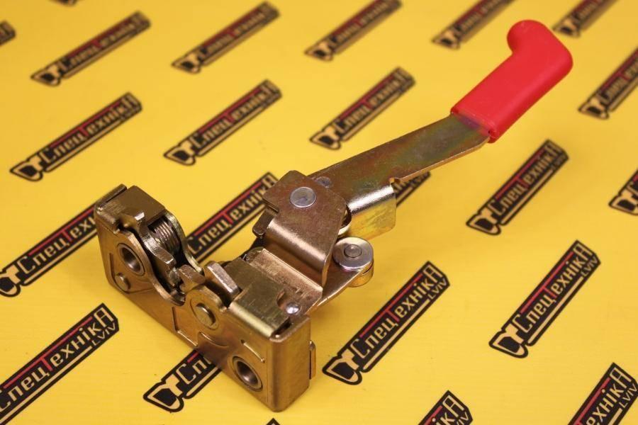 826/11105 Ручка (замок) двери внутренний левый JCB 3CX, 4CX