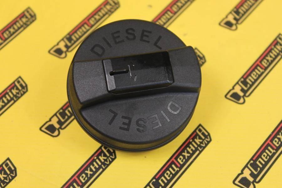 Крышка топливного бака JCB 3CX, 4CX (332/F8215, 332-F8215, 332F8215) - Nexgen