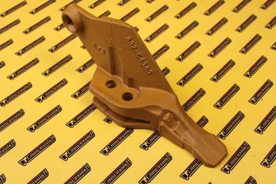 Зуб ковша JCB 3CX 4CX shark левый (332/C4389)