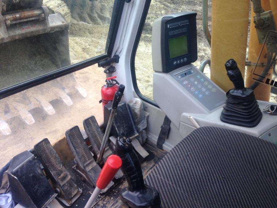 Фото №31 - Гусеничный экскаватор Liebherr R 904С HDS Litronic 2007 г.