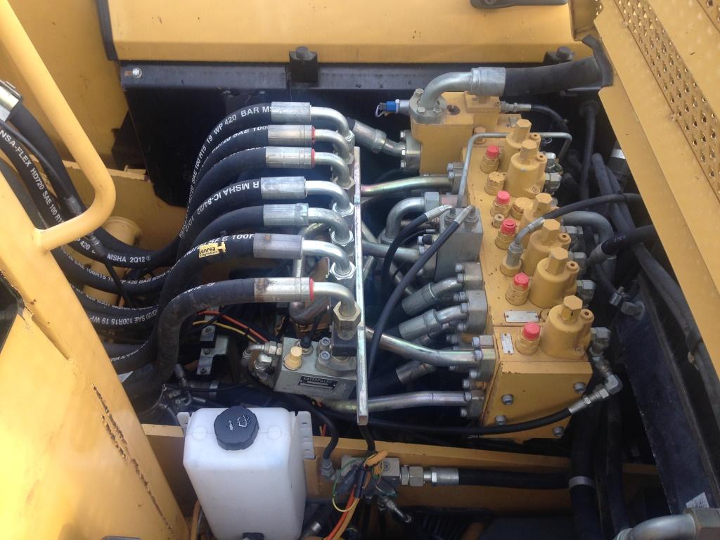 Фото №23 - Колесный экскаватор Caterpillar M316C 2007 г.