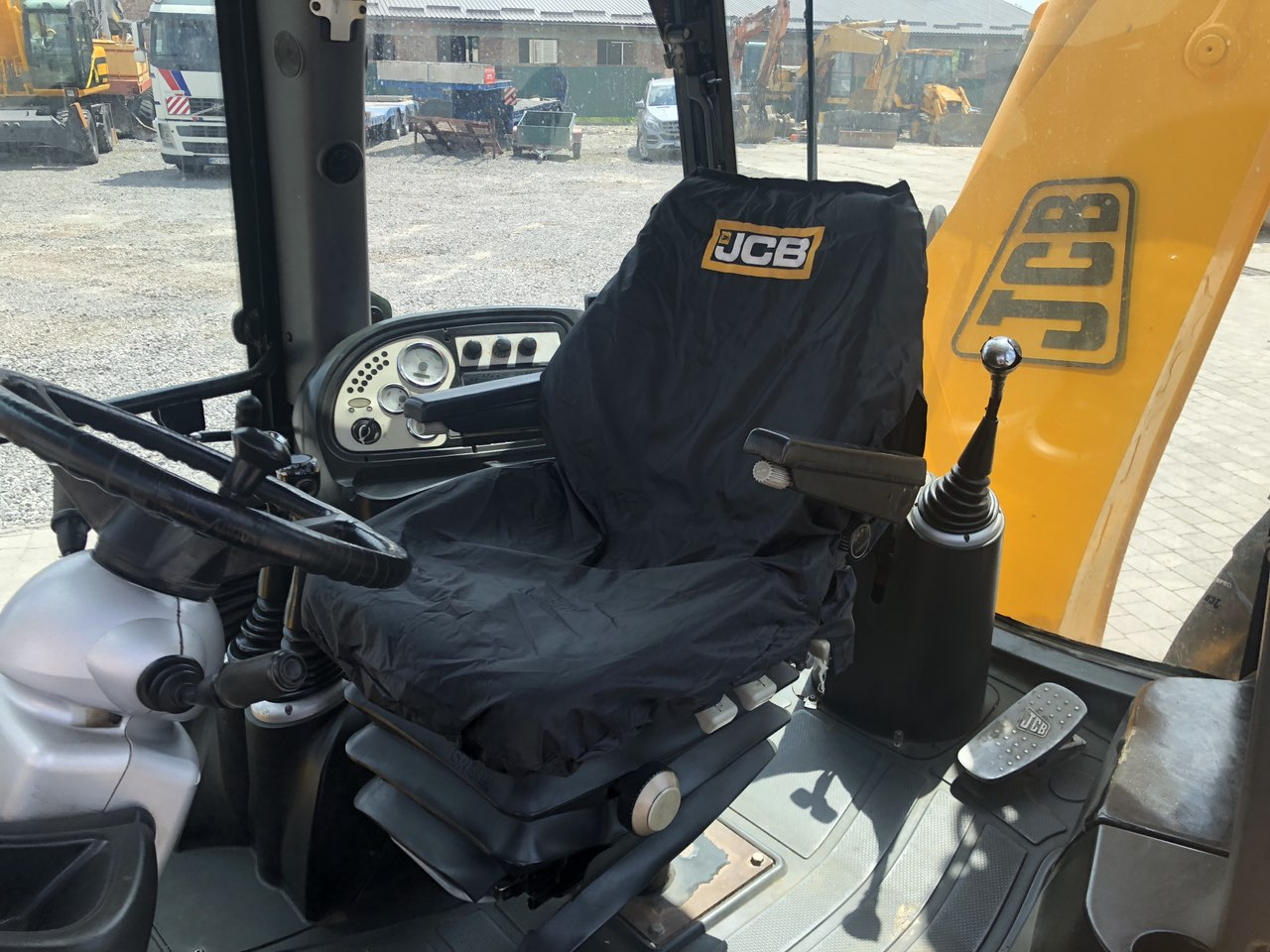 Фото №9 - Экскаватор-погрузчик JCB 3CX Super 2004 р.