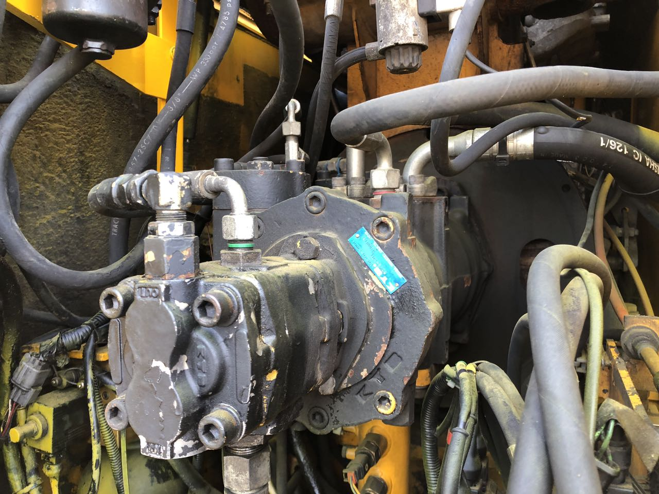 Фото №10 - Колесный экскаватор JCB JS 160W (JS160W) 2004 г.