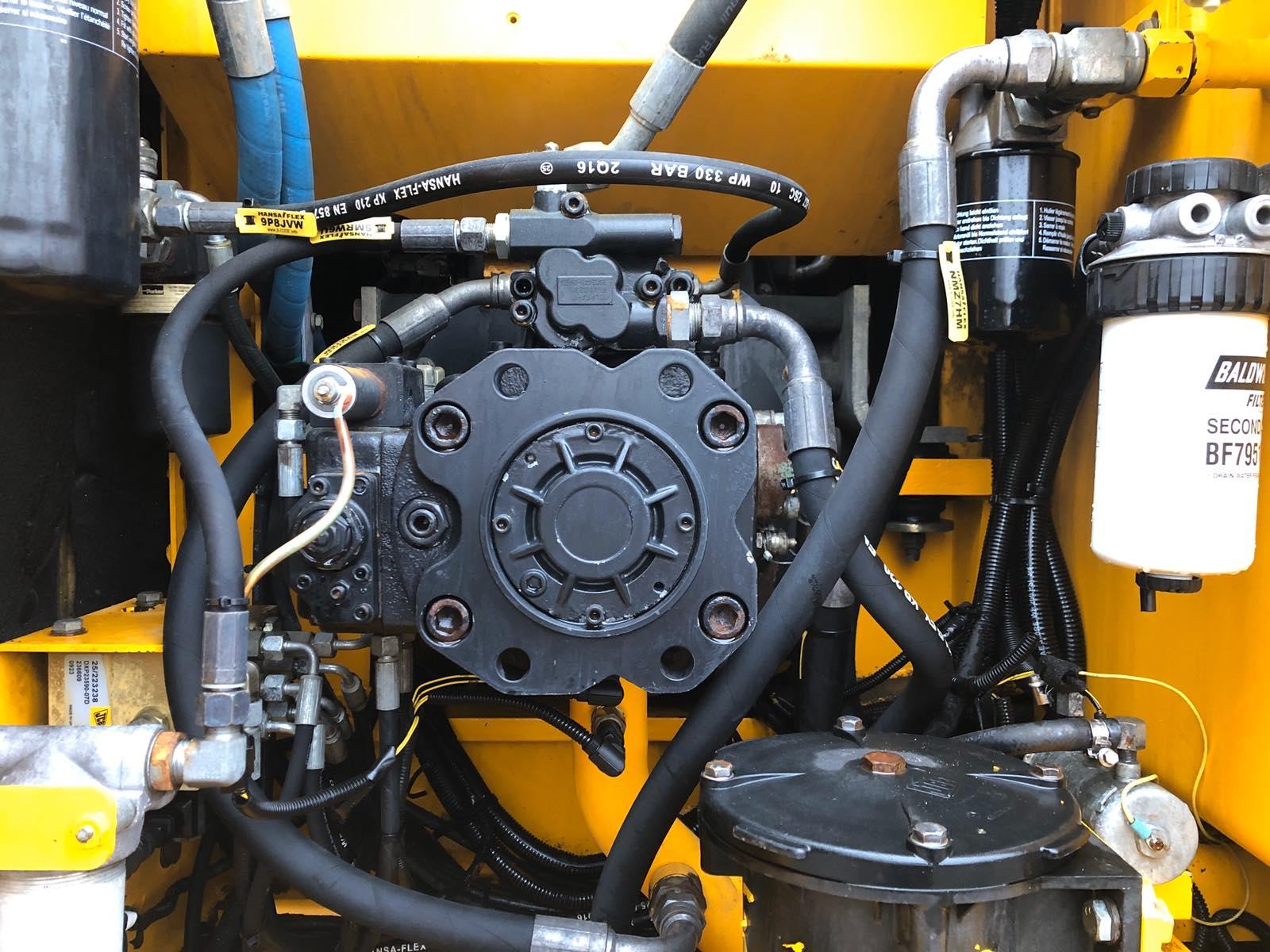Фото №20 - Колесный экскаватор JCB JS 175W (JS175W) 2009 г.