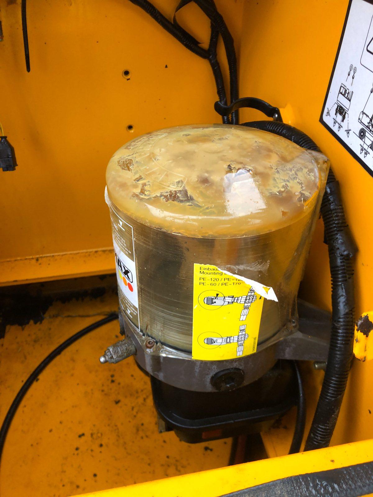 Фото №19 - Колесный экскаватор JCB JS 175W (JS175W) 2009 г.