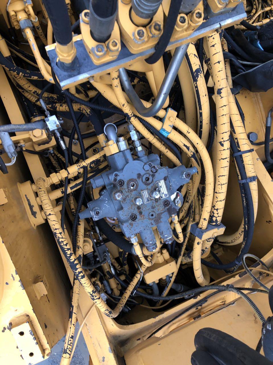 Фото №10 - Колесный экскаватор Liebherr A 914 2004 г.