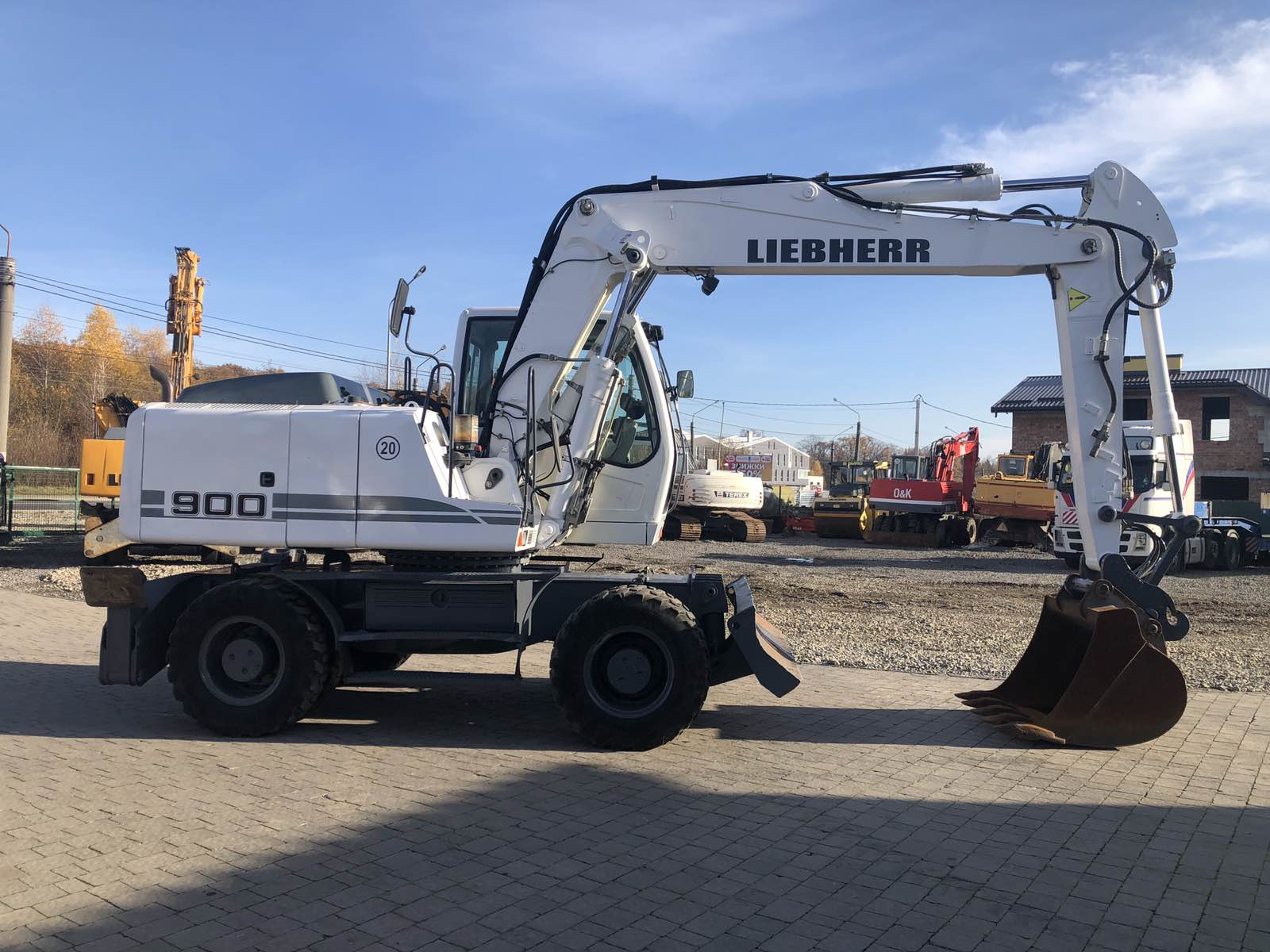 Колесный экскаватор Liebherr A900 (A 900) 2012 г.