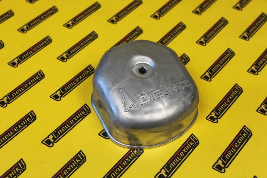 Клапанная крышка Deutz/Дойц 511 / 912 / 913 (04235421)