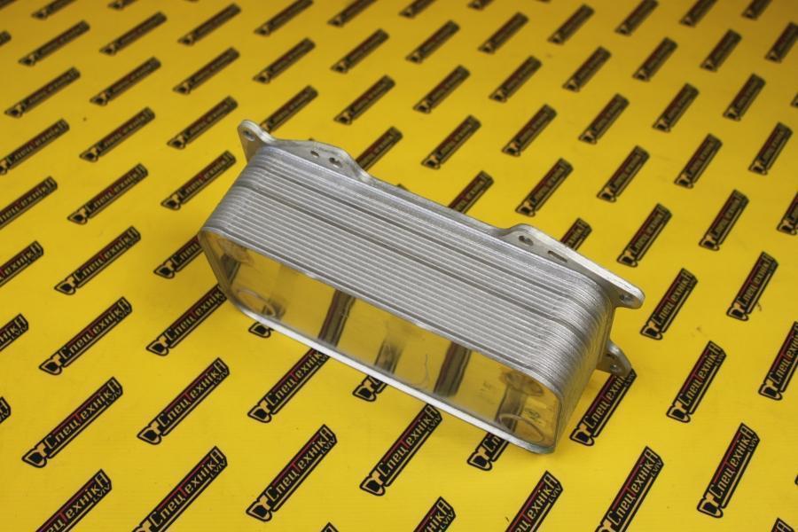 Масляный радиатор Deutz/Дойц TCD 6L 2013 4V (04900206)