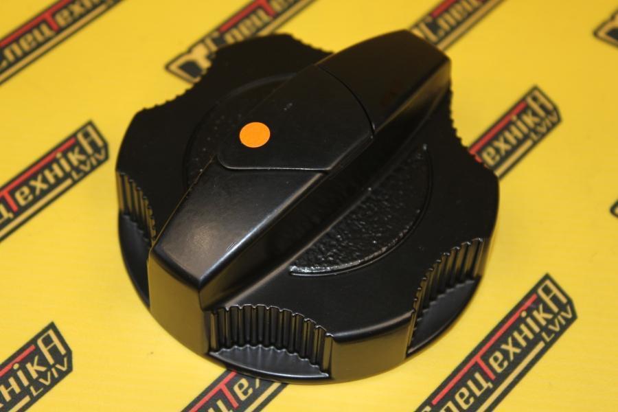 331/31152 Крышка топливного бака JCB