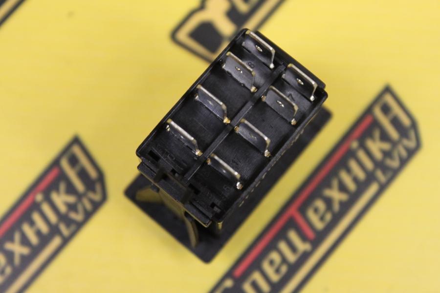 Фото №2 - Переключатель кабины JCB универсальный 3 позиционный 8 контактов (701/60016, 701-60016, 70160016)