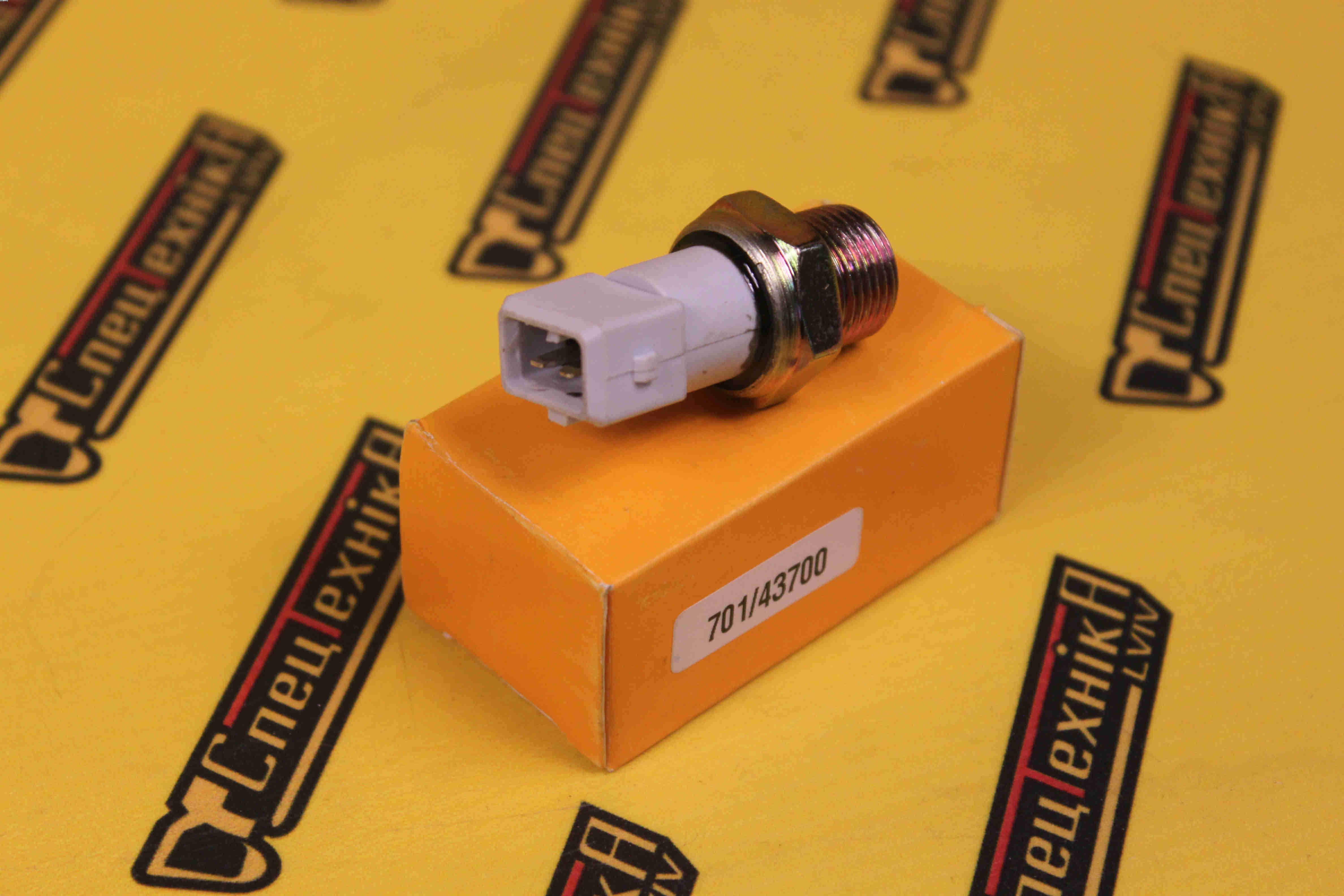 Датчик давления масла 3/8 JCB 3CX, 4CX (701/43700, 701-43700, 70143700)