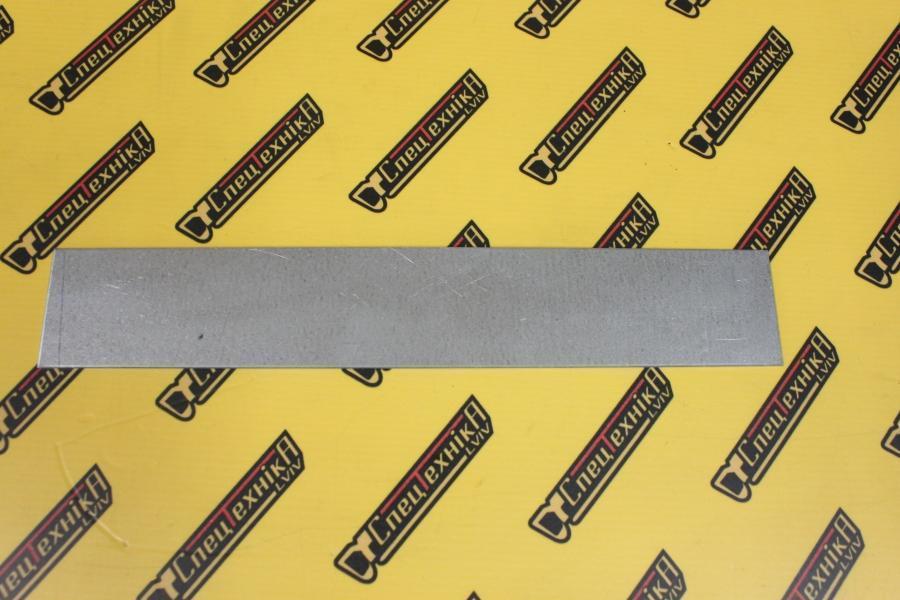 Пластина (подкладка) под саласку стрели низ JCB 3CX, 4CX (331/30894, 331-30894, 33130894)